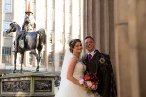 29-royal-exchange-square-weddings-glasgow-weddings-natural-wedding-photography45