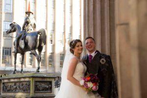 29-royal-exchange-square-weddings-glasgow-weddings-natural-wedding-photography45